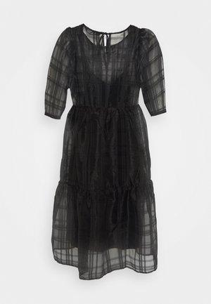 VMVAVA DRESS - Denní šaty - black
