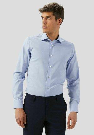 SLIM FIT  - Camicia elegante - blu chiaro