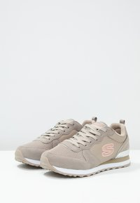 Skechers Sport - EXCLUSIVE - Trainers - natural - 4