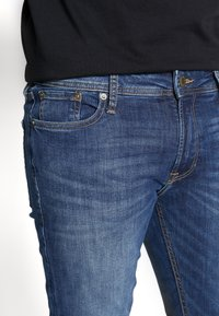 Jack & Jones - JJILIAM JJORIGINAL  - Vaqueros pitillo - blue denim - 3