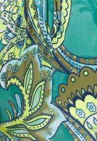Emily van den Bergh - Long sleeved top - green - 2
