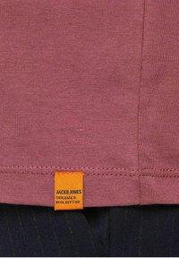 Jack & Jones - JORTYLER TEE CREW NECK  - Print T-shirt - hawthorn rose - 6