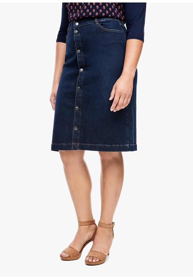 MIT KNOPFLEISTE - Denim skirt - dark blue