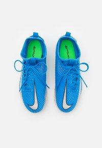 Nike Performance - JR PHANTOM GT ACADEMY DF TF UNISEX - Fodboldstøvler m/ multi knobber - photo blue/metallic silver/rage green - 3