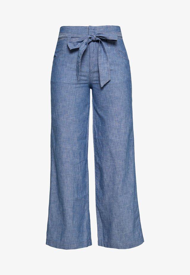 WIDE LEG CHAMBRAY - Trousers - indigo