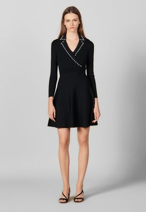 SUITY - Strikket kjole - black