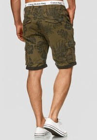 INDICODE JEANS - ALBERT - Shorts - army - 2
