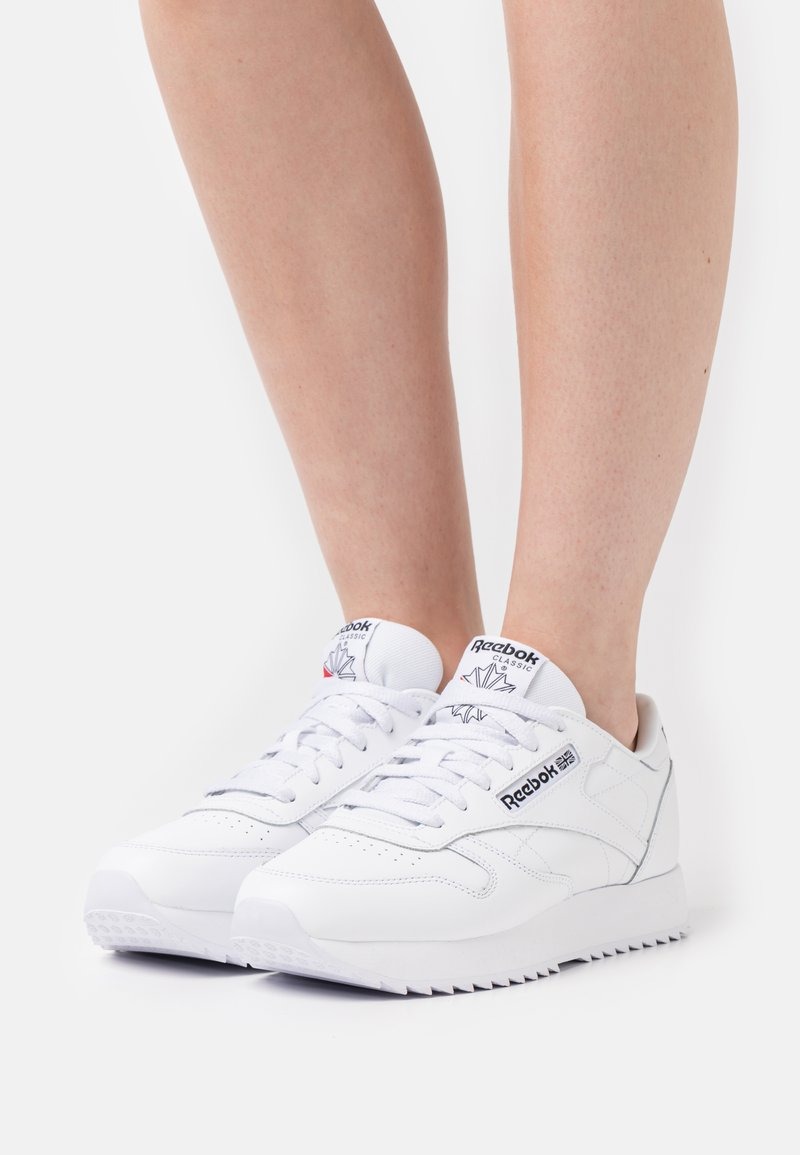 Reebok Classic - RIPPLE - Sneakersy niskie - white