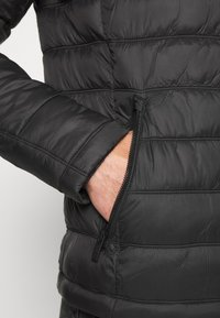 Superdry - COMMUTER QUILTED BIKER - Light jacket - black - 5