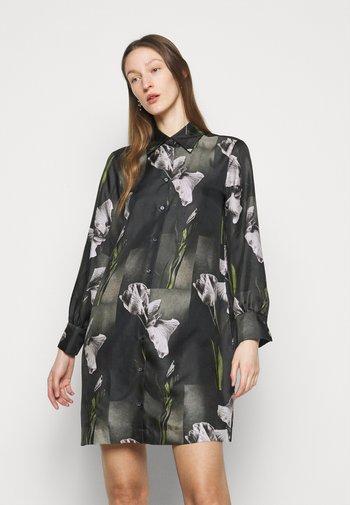 ERE - Shirt dress - gruen