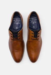 Bugatti - LUCIUS - Business sko - cognac - 3
