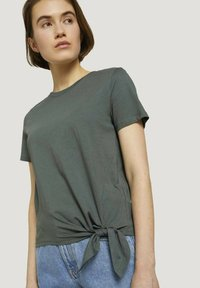 TOM TAILOR DENIM - Print T-shirt - dusty pine green - 3