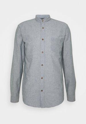 NELARSON SHIRT - Camicia - light blue stripe