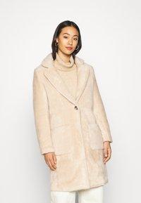 ONLY - ONLCLAIRE COAT - Zimní kabát - warm taupe - 0