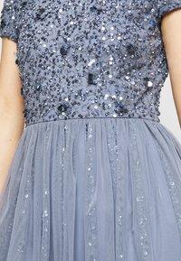 Lace & Beads Petite - NESSIA MIDI - Koktejlové šaty/ šaty na párty - blue - 4
