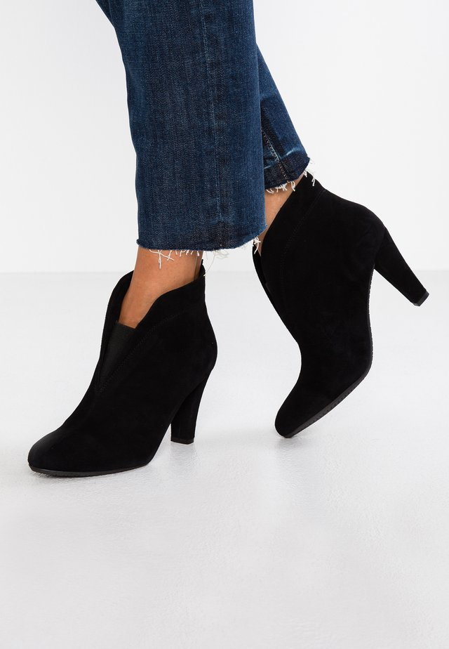 RIDA - Ankle boots - black