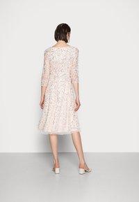 Adrianna Papell - BEADED DRESS - Cocktail dress / Party dress - light pink - 2