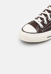 Converse - CHUCK 70 UNISEX - Baskets basses - dark root/black/egret - 5