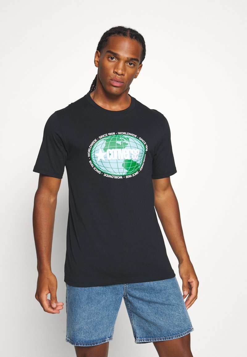 Converse - AROUND THE WORLD TEE - Print T-shirt - black