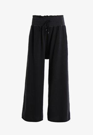 MIA PANT - Trousers - black