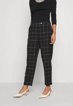 EDIT GRID CHECK ANKLE GRAZER - Trousers - black