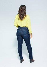 Violeta by Mango - VALENTIN - Slim fit jeans - dunkelblau - 2