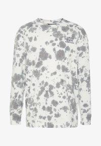 FAKTOR - GLOBE TEE - Maglietta a manica lunga - white - 3