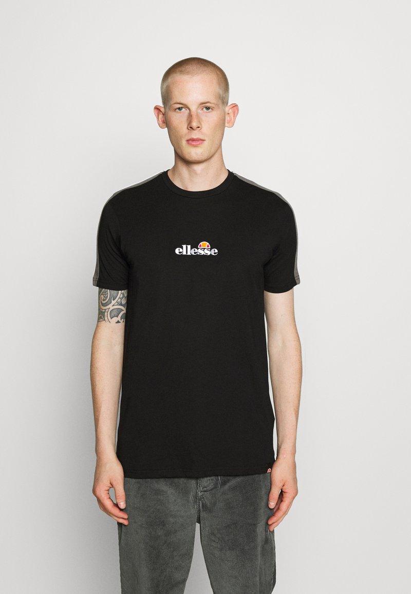 Ellesse - CARCANO - Print T-shirt - black