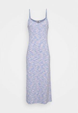 MOULINE DELKISSA - Jerseykleid - blue/pink