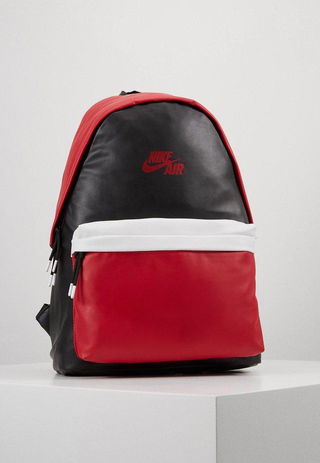 AJ PACK - Plecak - black/gym red