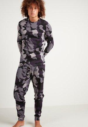 SET - Pyjamas - grey/black camouflage print