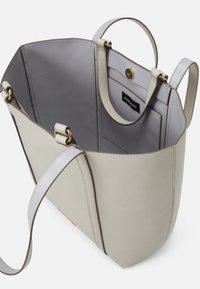 Even&Odd - Tote bag - beige/blue - 2