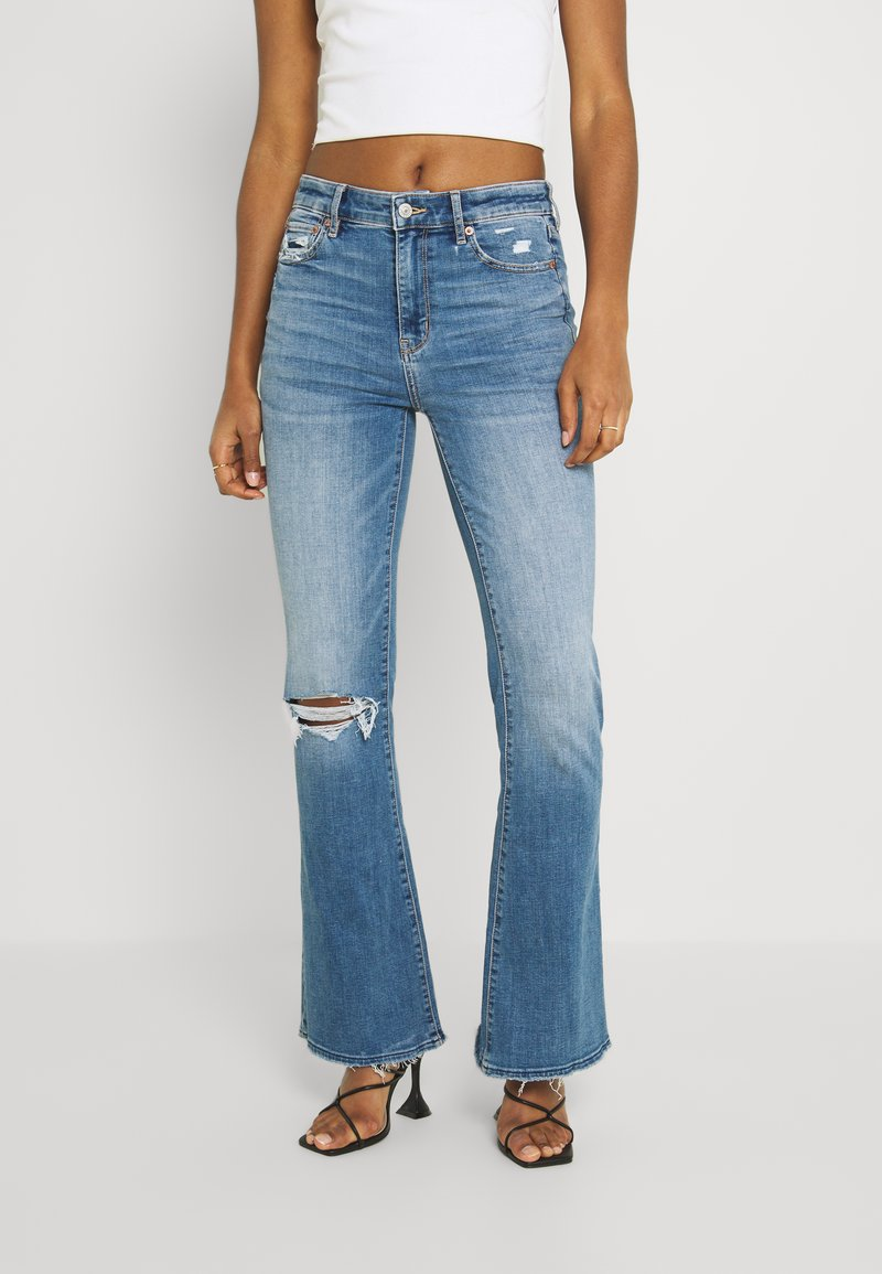 American Eagle - SUPER HIGH RISE - Flared Jeans - cool hand blue