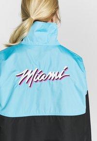 Nike Performance - NBA MIAMI HEAT CITY EDITION WOMENS SNAP JACKET - Training jacket - blue gale /black /laser fuchsia - 3