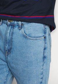 Lee - GRAZER - Relaxed fit jeans - light-blue denim - 3