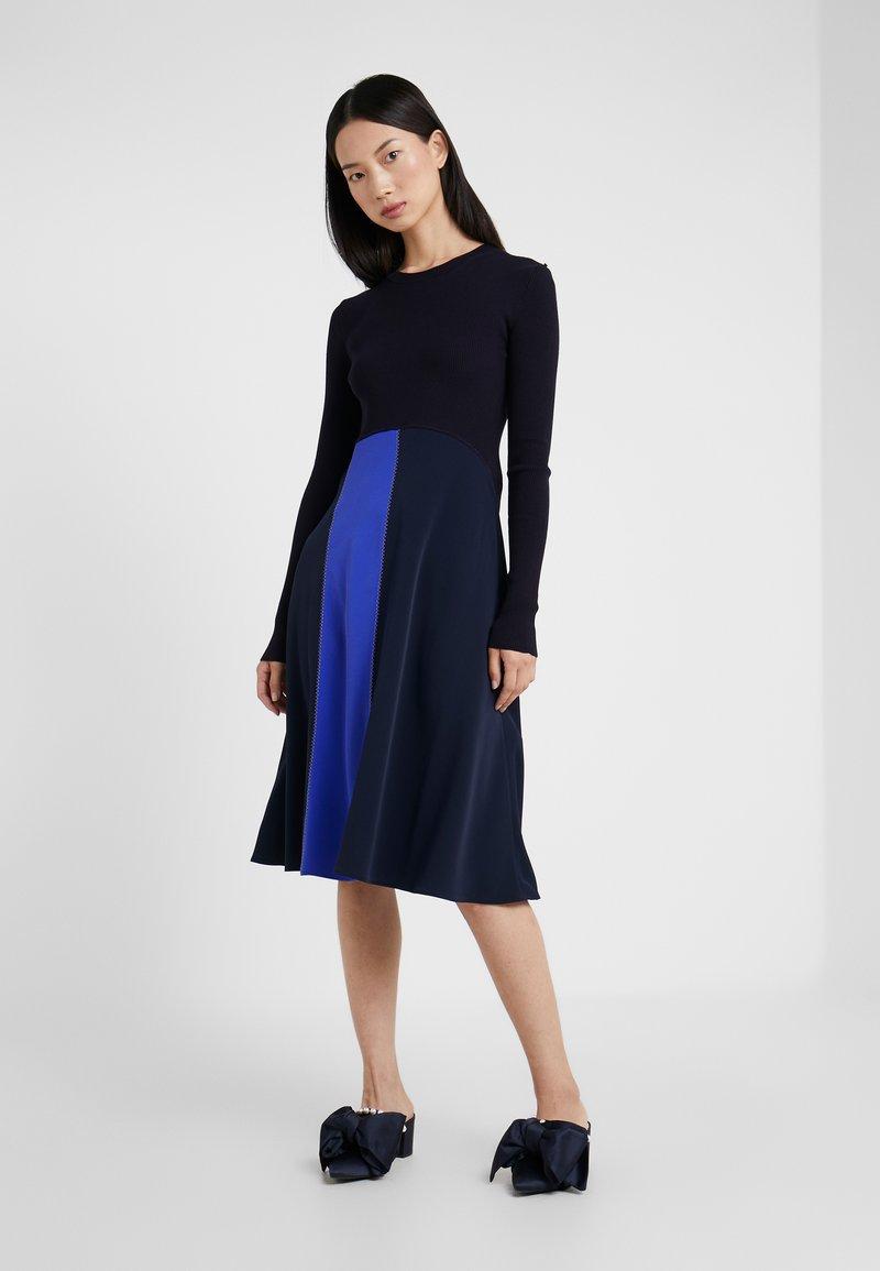Sportmax Code - RUPIA - Strikket kjole - blau