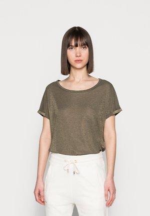 KAY TEE - T-shirts - grape leaf