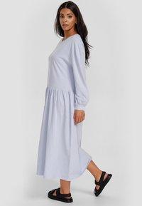 Cotton Candy - Maxi dress - blau - 3