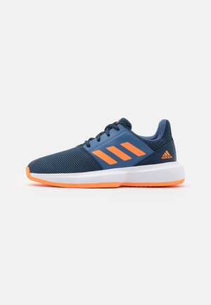 COURTJAM XJ UNISEX - Multicourt tennis shoes - crew navy/orange/crew blue