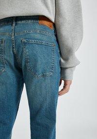 PULL&BEAR - Jeans a sigaretta - light blue - 4
