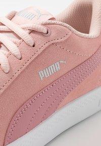 Puma - SMASH - Sneakers basse - peachskin/foxglove/silver/white - 2