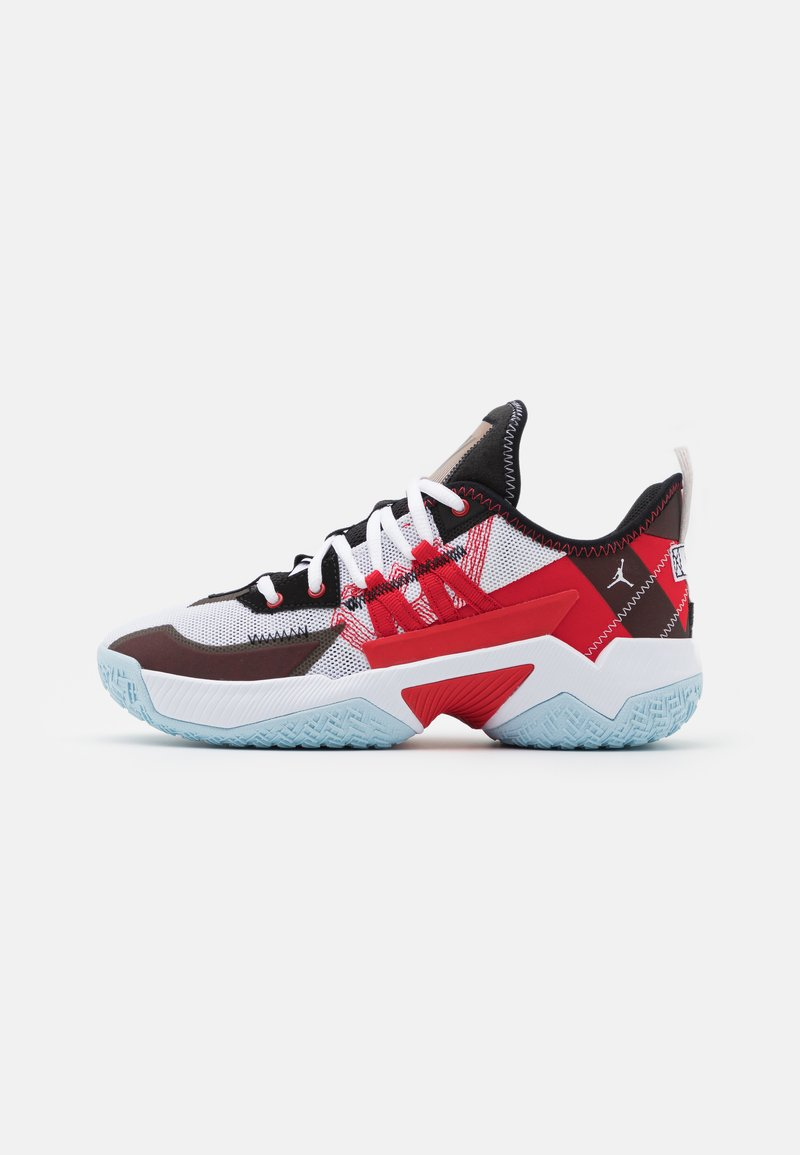 Jordan - ONE TAKE II UNISEX - Basketball shoes - white/university red/black/ice