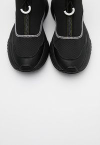 Versace Jeans Couture - Baskets montantes - black - 5