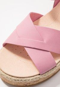 Clarks - BOTANIC POPPY - Espadrillas - pink - 2