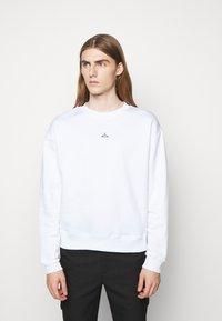 Holzweiler - HANGER CREW UNISEX - Sweatshirt - white - 0