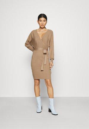 Jumper dress - mottled dark brown
