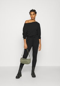 Even&Odd - Sweat off shoulder lounge jumpsuit - Haalari - black - 1