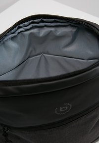 Bugatti - SMALL CROSSBODY BAG - Taška spříčným popruhem - black/grey - 4