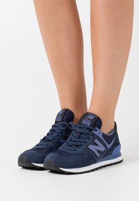 New Balance - WL574 - Baskets basses - navy - 0