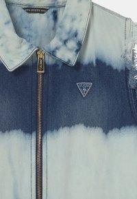 Guess - JUNIOR ROMPER - Overal - bleach blue - 2